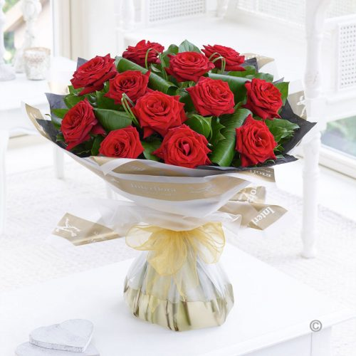 Wedding Flowers Cambridge: 12 Luxury Red Rose Handtied