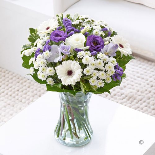 Wedding Flowers Cambridge: Colour Your Day With Beauty Vase